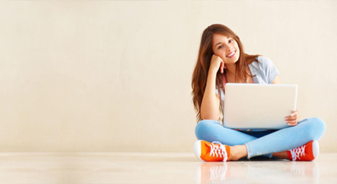 Webcam proctor spots online exam cheats - Springwise