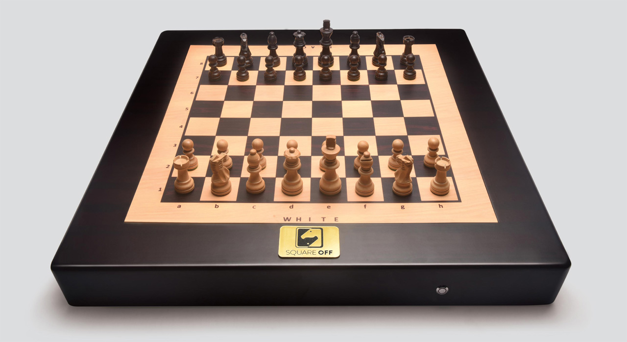Connected Chess Board automatically moves pieces - Springwise