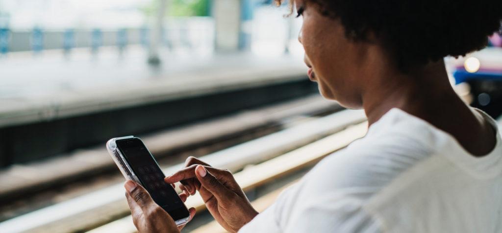 app user identity sealed sender messaging